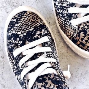 Snake Print Insole Comfort Slip On Sneakers